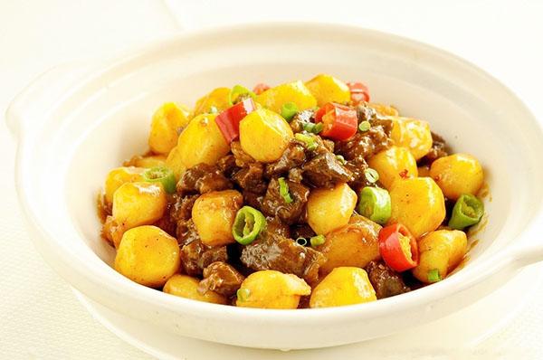 中餐作品――土豆牛肉