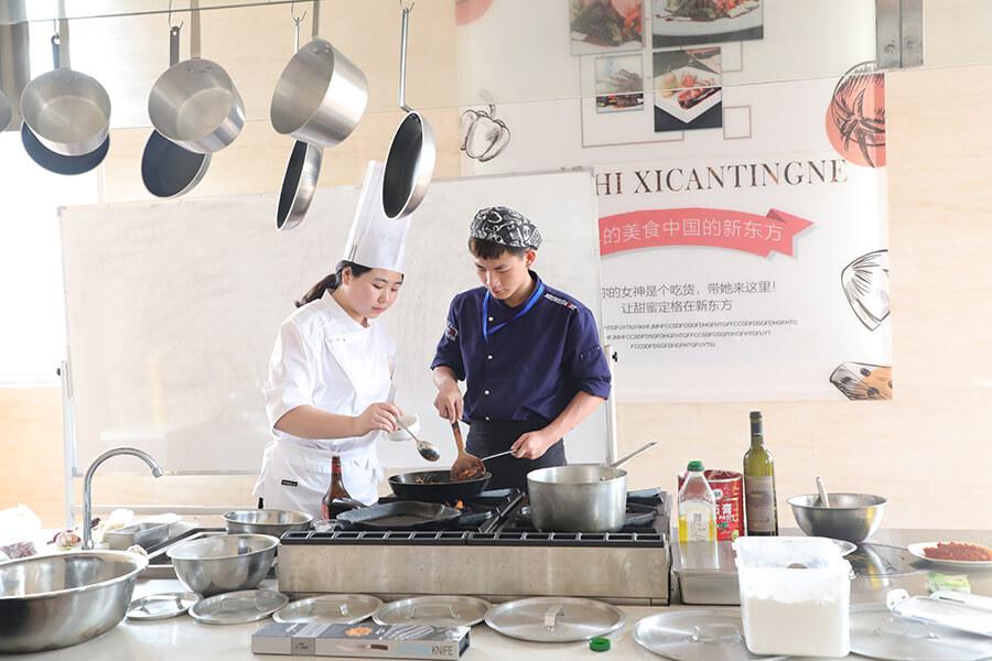 福建新东方烹饪学校西餐教学