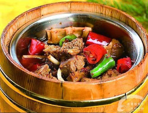 北雪湘园;;    木桶牛肉; 桶桶香木桶饭