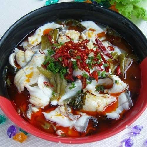 酸菜鱼火锅的做法 新东方厨师学校学生作品