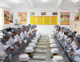 福建新东方烹饪学校:西点精英专业介绍